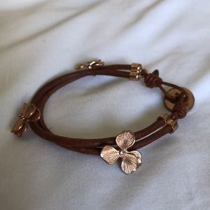 Fossil Leather Bracelet with rose gold flowers
